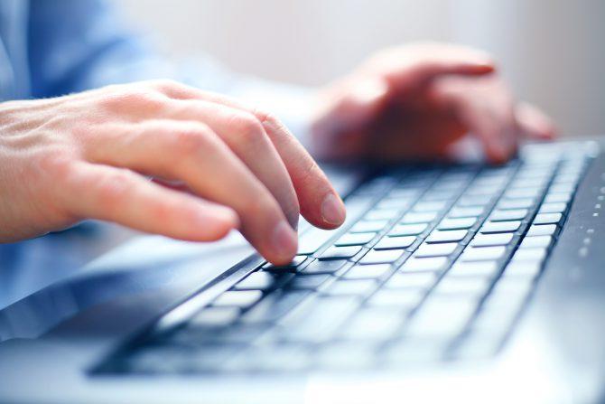 Google и Bing не обязаны фильтровать запросы со словом «torrent»