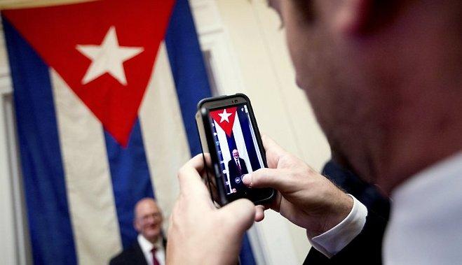 Жителям Кубы впервые разрешили провести домашний интернет…