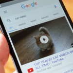 Google будет проигрывать превью видео в результатах поиска