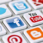 Треть украинцев доверяет соцсетям как источнику информации
