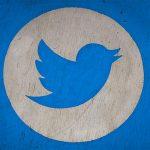 Twitter усиливает борьбу с ботами и блокирует аккаунты