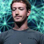 Марк Цукерберг меняет настройки Facebook