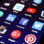 Apple купит социальную сеть Google+