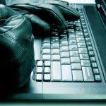 Индийские хакеры потрошат устройства на iOS и Windows