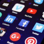 Британские медиа призвали правительство мониторить контент соцсетей