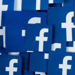 Facebook тестирует горизонтальную ленту новостей