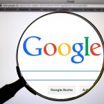 Нейромережа Google навчилася домальовувати фотографії за однією маленькою деталлю